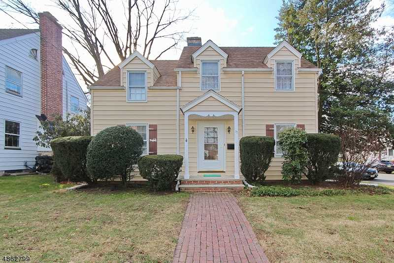 $590,000 - 4Br/3Ba -  for Sale in North Side, Cranford Twp.