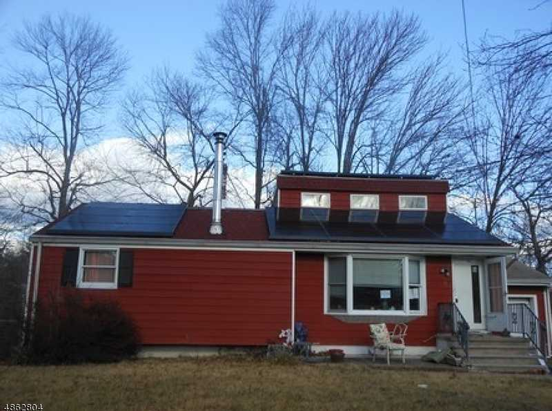 $372,000 - 3Br/2Ba -  for Sale in Hanover Twp.