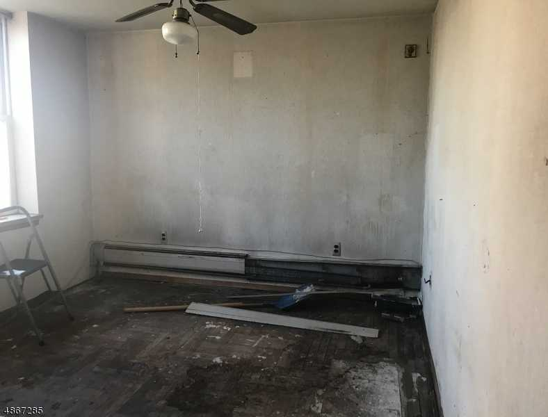 $77,000 - 1Br/1Ba -  for Sale in West New York Town
