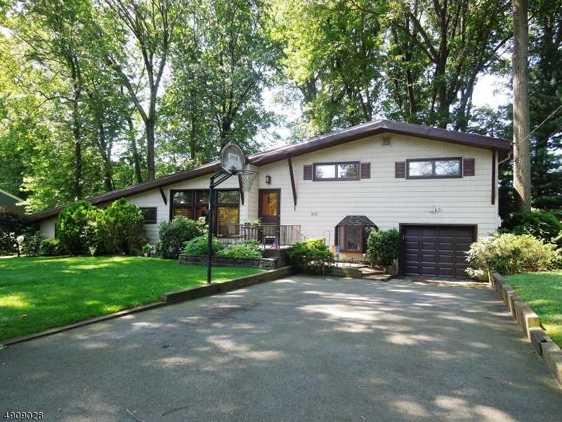 $549,900 - 3Br/2Ba -  for Sale in Mountainside Boro