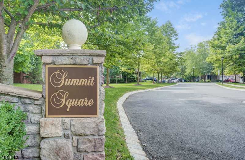 $859,000 - 2Br/4Ba -  for Sale in Summit Square, Summit City