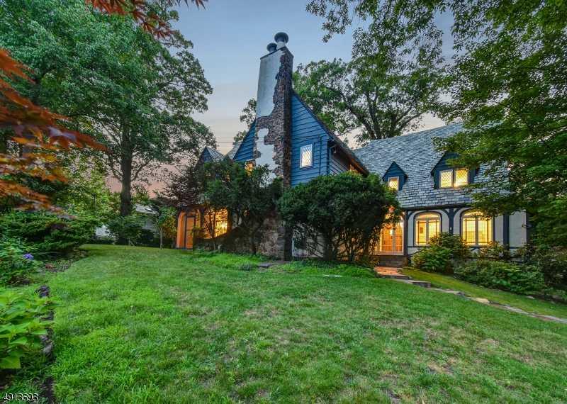 $1,418,000 - 5Br/6Ba -  for Sale in Old Short Hills, Millburn Twp.