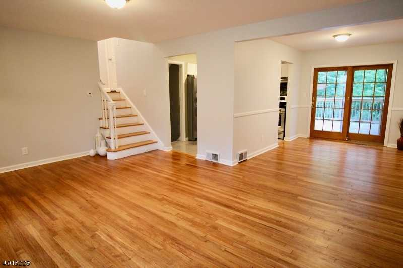 $422,000 - 3Br/2Ba -  for Sale in Murray Hill, New Providence Boro