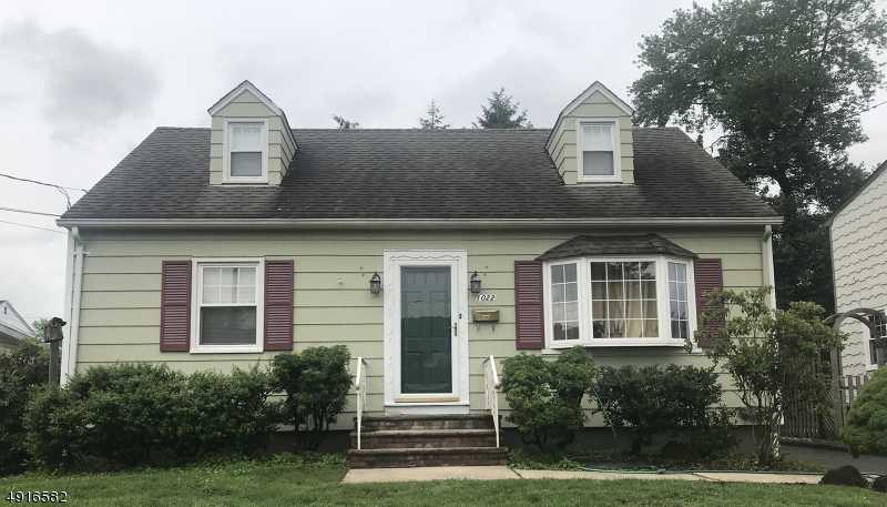 $539,000 - 4Br/2Ba -  for Sale in Westfield Town