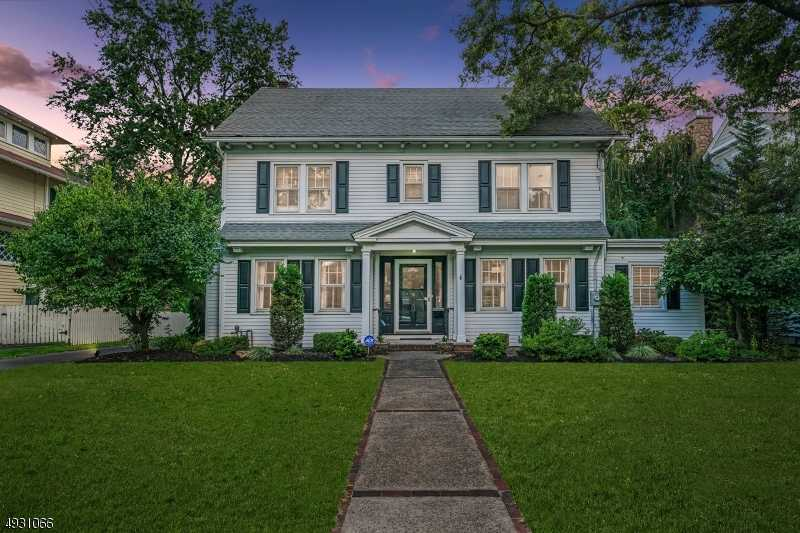 $1,099,000 - 5Br/4Ba -  for Sale in Westfield Town