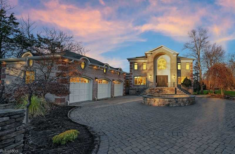 $1,849,000 - 7Br/6Ba -  for Sale in Livingston Twp.