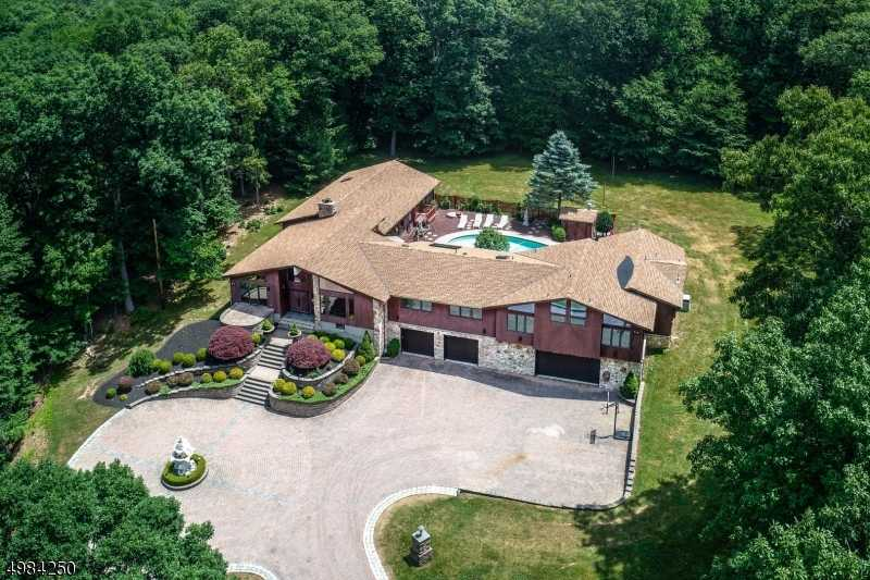 $1,135,000 - 5Br/5Ba - for Sale in Mendham Twp.