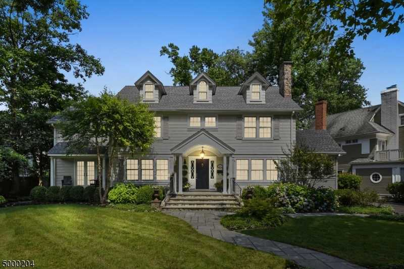 $1,849,000 - 5Br/6Ba - for Sale in Gardens, Westfield Town