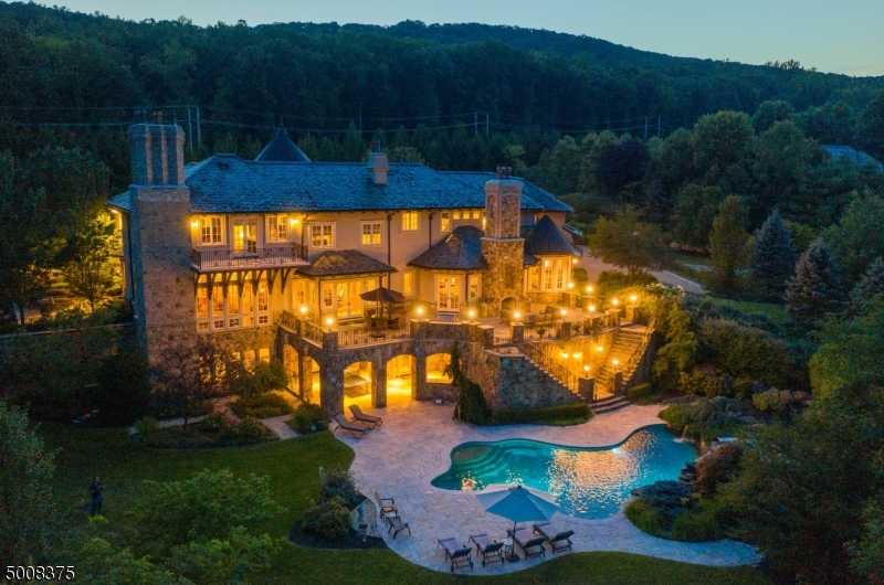 $2,999,999 - 6Br/10Ba -  for Sale in The Pond, Montville Twp.