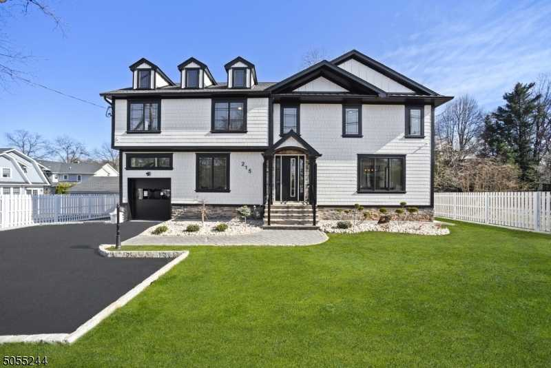 $1,549,000 - 6Br/5Ba - for Sale in North Side, Westfield Town