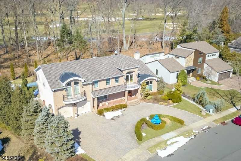 $1,249,999 - 4Br/5Ba - for Sale in Springfield Twp.