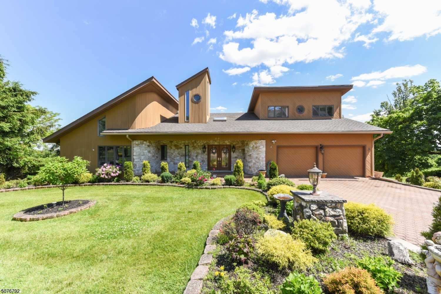 $1,295,000 - 9Br/7Ba -  for Sale in Mountainside Boro