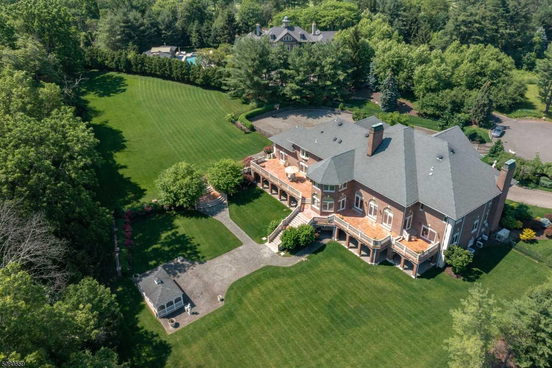 $2,588,000 - 7Br/10Ba -  for Sale in Country Club Estates, Florham Park Boro