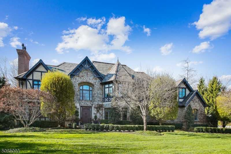 $2,499,000 - 5Br/5Ba -  for Sale in Pond Section, Montville Twp.