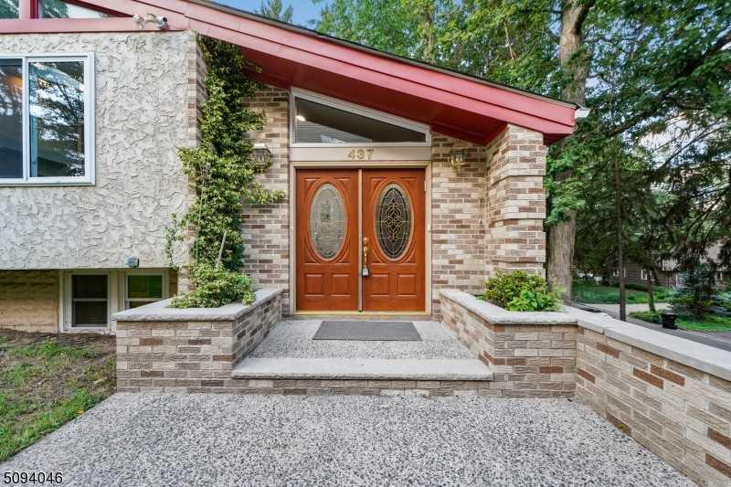 $1,500,000 - 7Br/5Ba -  for Sale in Highland Park Boro