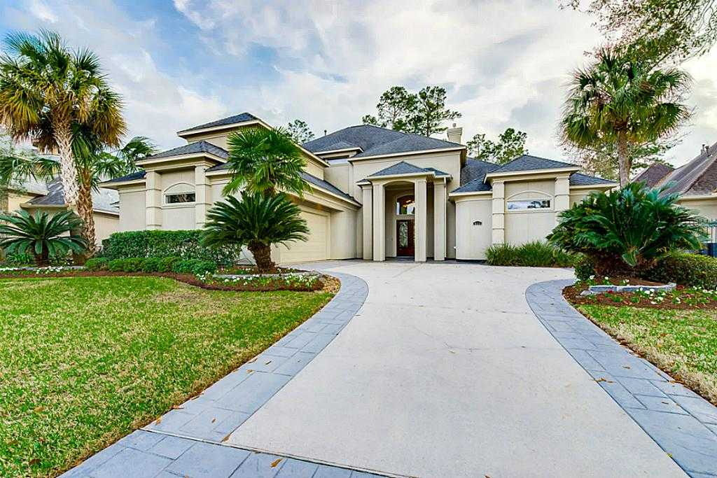 $699,900 - 4Br/5Ba -  for Sale in Falls At Champion Forest Sec, Spring