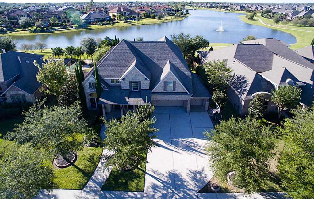 $499,900 - 4Br/4Ba -  for Sale in Tuscan Lakes, League City
