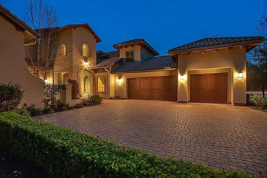 $1,670,000 - 4Br/5Ba -  for Sale in The Woodlands Carlton Woods, The Woodlands