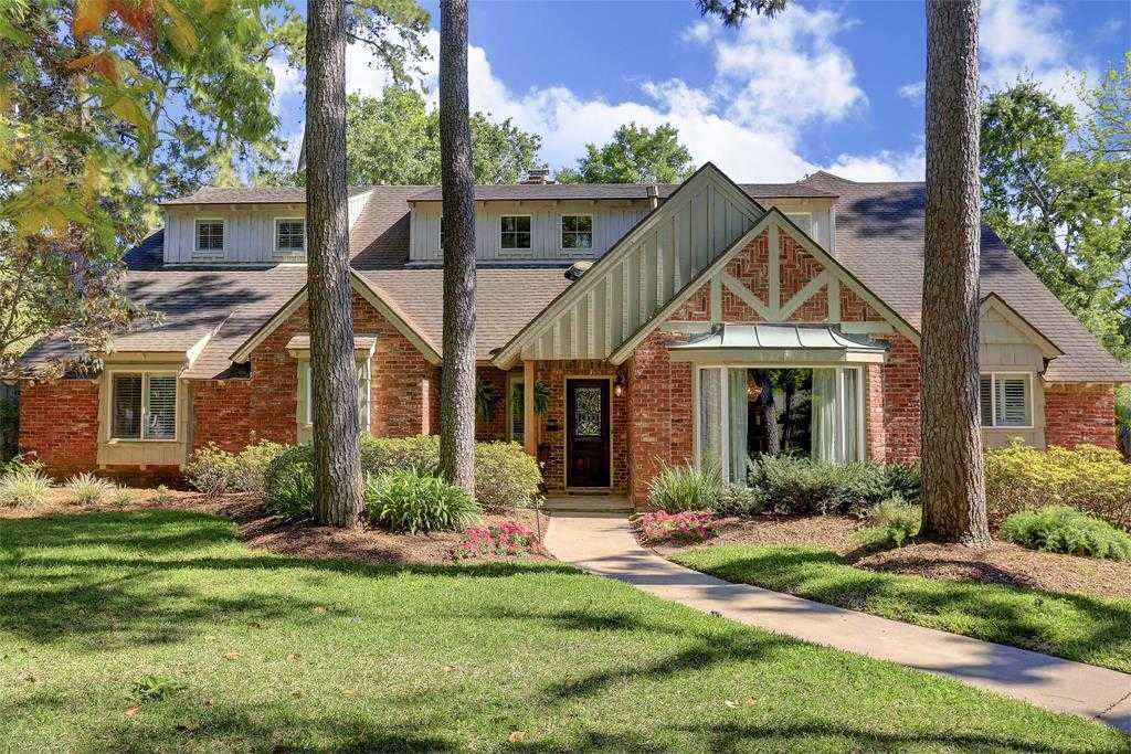 $1,300,000 - 4Br/4Ba -  for Sale in Memorial Forest, Houston