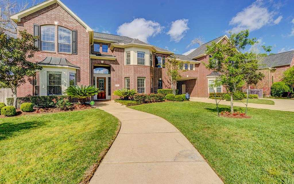 $699,000 - 5Br/6Ba -  for Sale in Grand Lakes, Katy