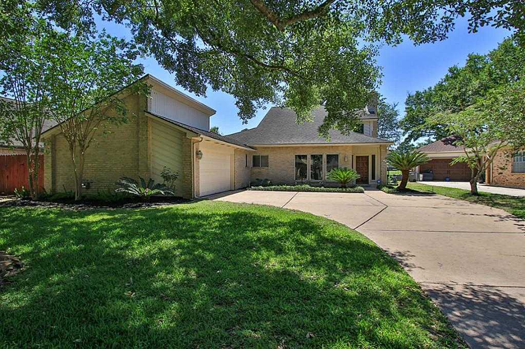 $269,900 - 3Br/4Ba -  for Sale in Hearthstone, Houston