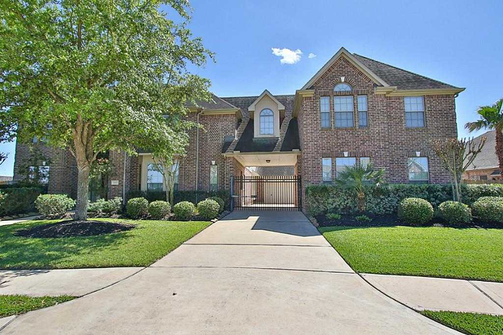 $559,000 - 4Br/6Ba -  for Sale in Cypress Creek Lakes, Cypress