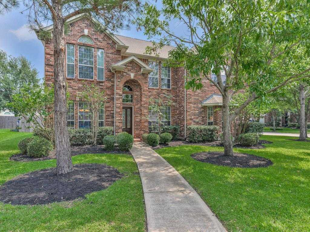 $349,900 - 5Br/4Ba -  for Sale in Stone Gate Sec 10, Houston