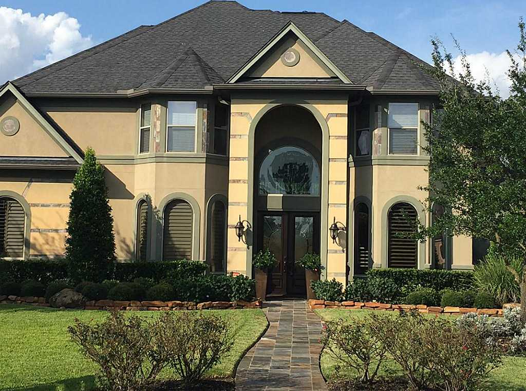 $627,000 - 4Br/6Ba -  for Sale in Rock Creek, Cypress