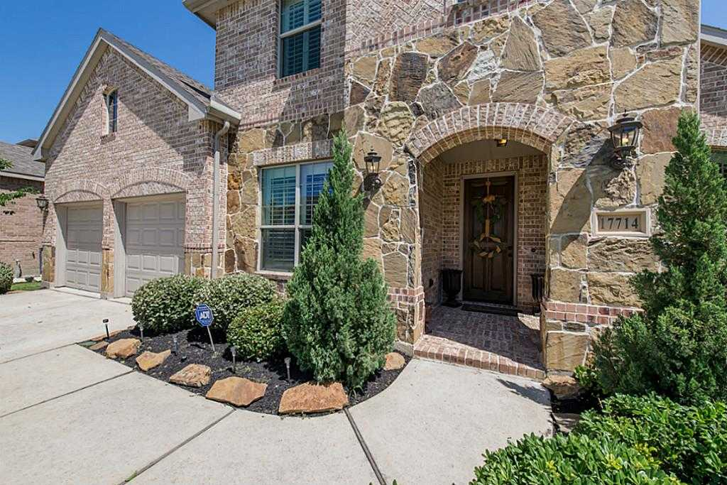 $374,900 - 4Br/3Ba -  for Sale in Copper Lakes, Houston