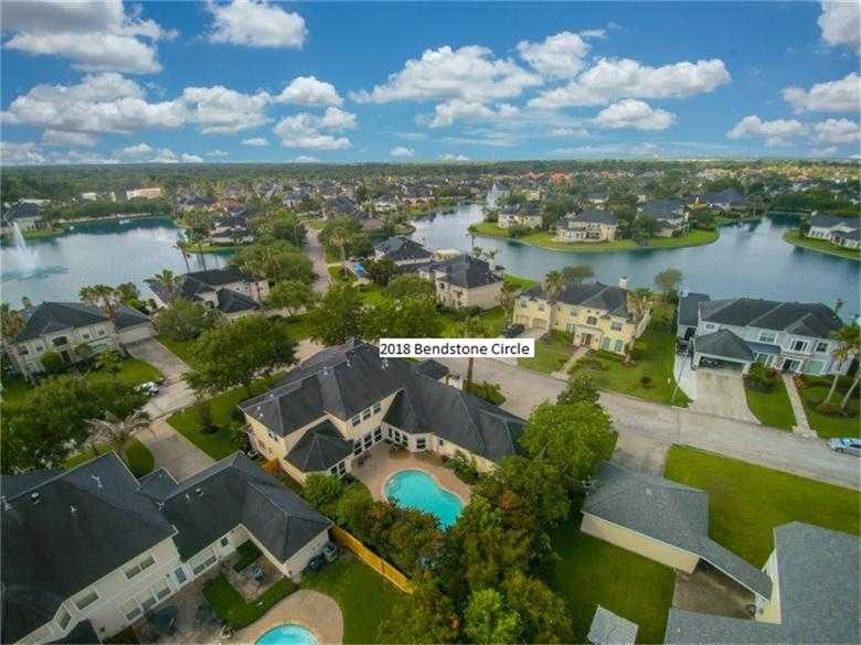 $663,000 - 4Br/4Ba -  for Sale in Lakes Of Buckingham Kelliwood, Katy