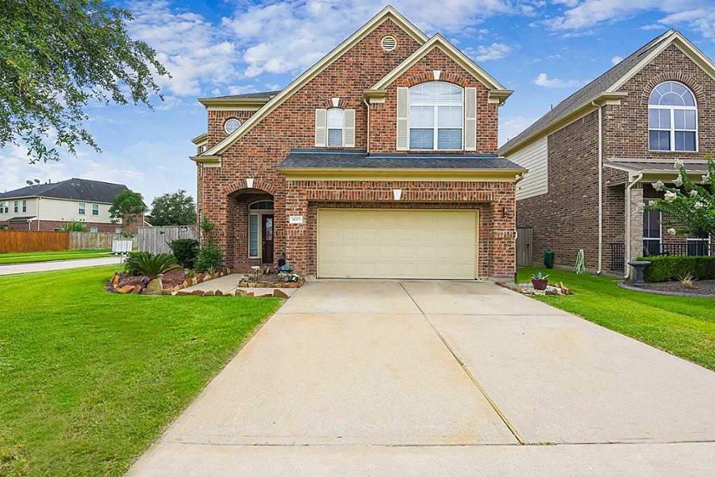 $285,000 - 4Br/4Ba -  for Sale in Villages Of Cypress Lakes,