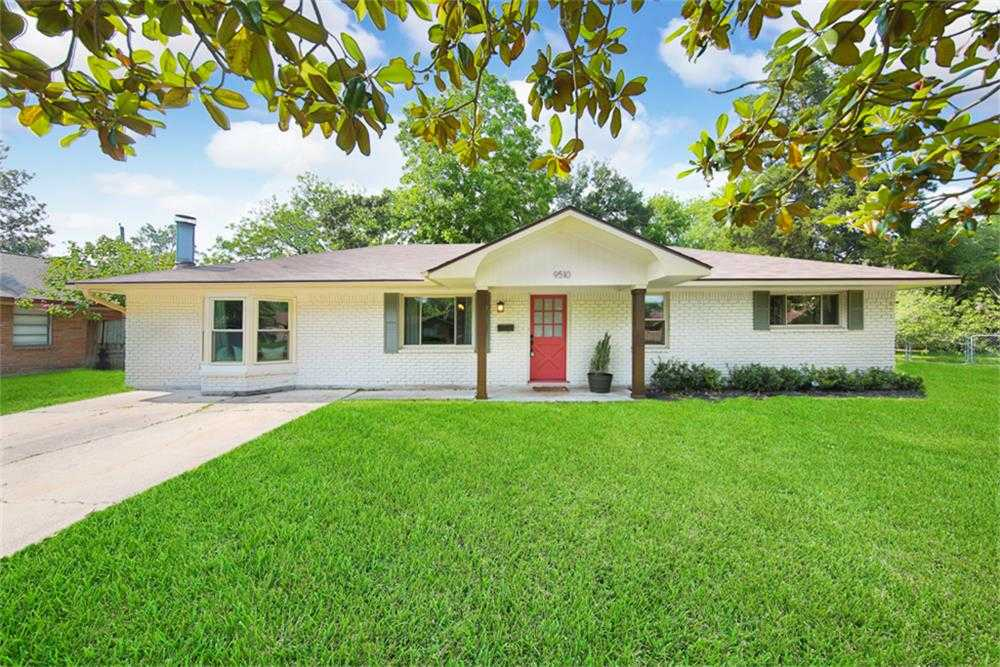$290,000 - 4Br/3Ba -  for Sale in Campbell Woods Sec 02, Houston