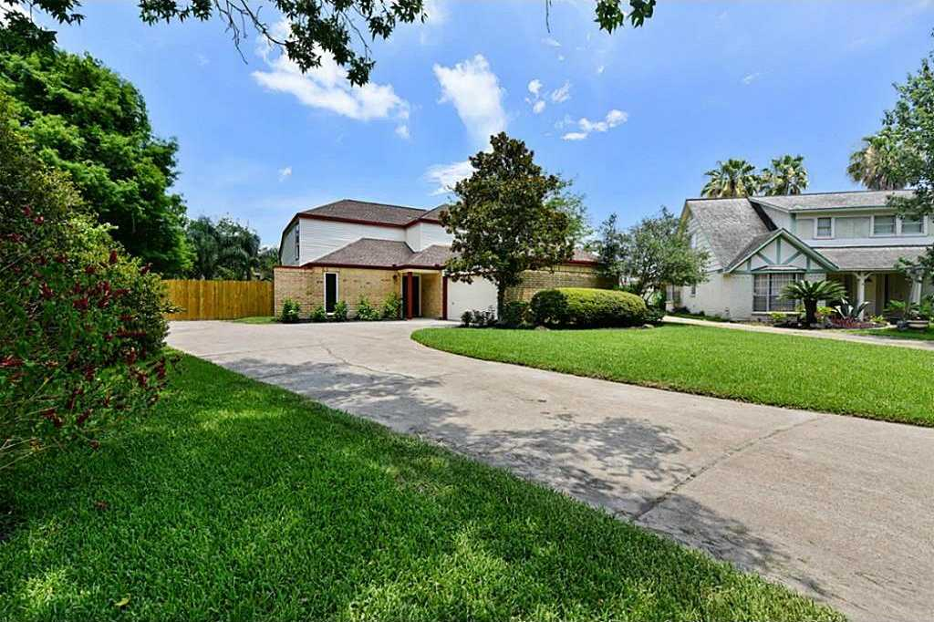 $284,900 - 3Br/3Ba -  for Sale in Clear Lake Forest Sec 07,