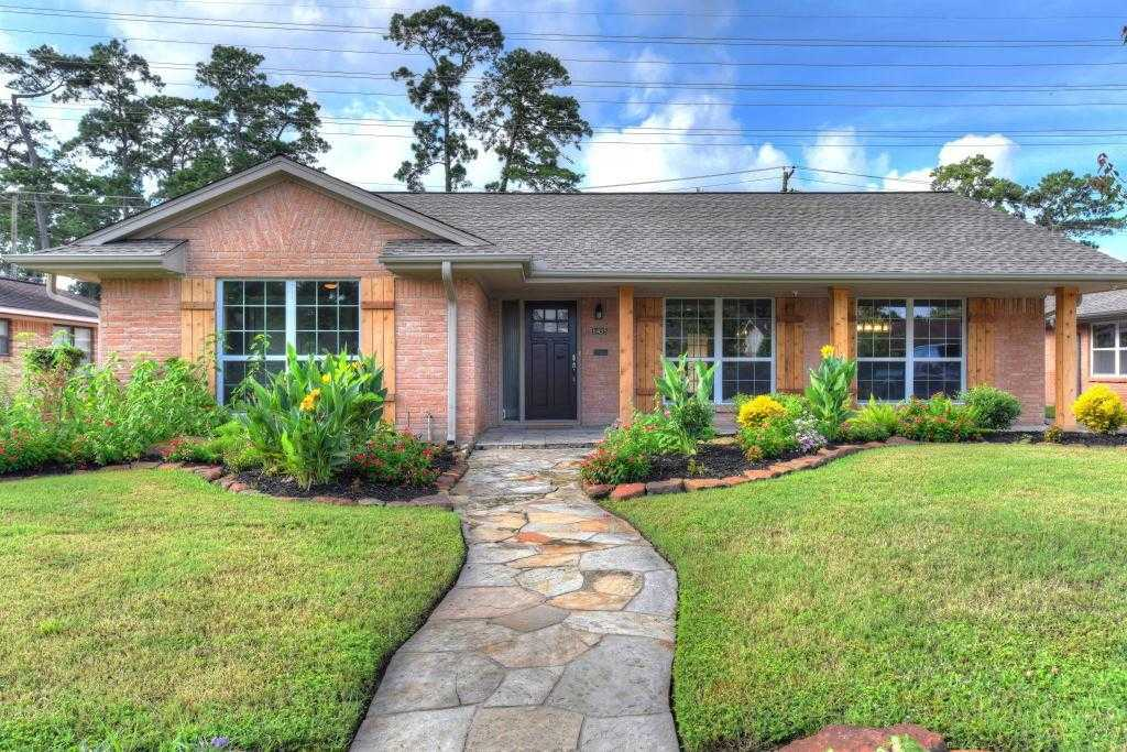 $525,000 - 3Br/2Ba -  for Sale in Timbergrove Manor Sec 07, Houston
