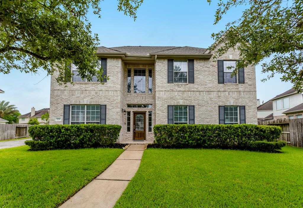 $309,900 - 5Br/4Ba -  for Sale in Riverpark, Sugar Land