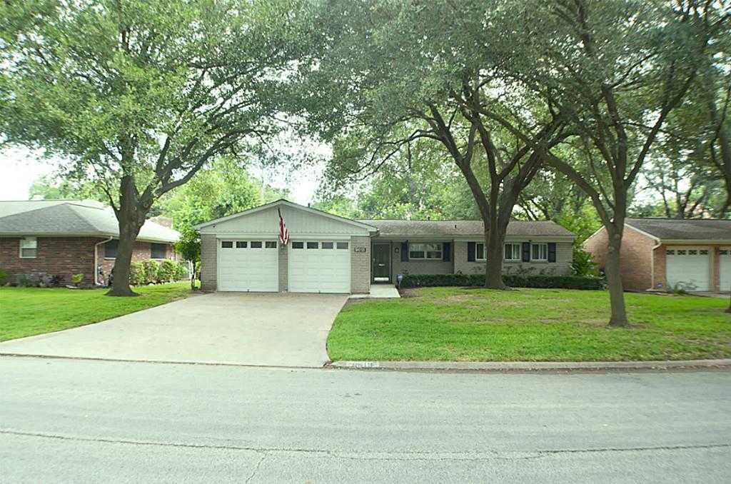 $250,000 - 3Br/2Ba -  for Sale in Tanglewilde, Houston
