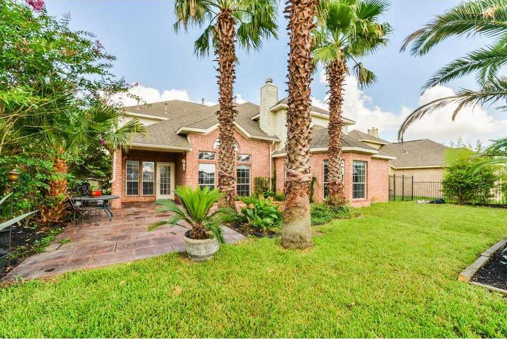 $369,000 - 5Br/4Ba -  for Sale in Stone Gate Sec 15, Houston