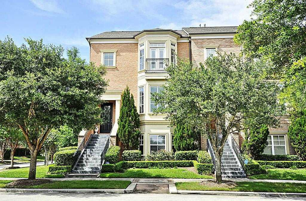 $695,000 - 3Br/4Ba -  for Sale in Park Place Brownstones, The Woodlands