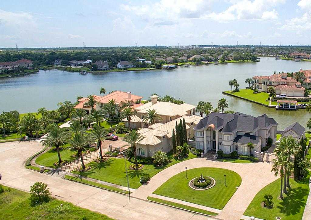 $1,399,000 - 5Br/6Ba -  for Sale in Taylor Lake Shores, Seabrook