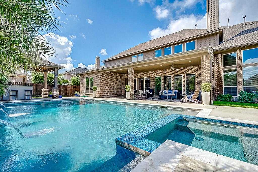 $585,000 - 5Br/5Ba -  for Sale in Cypress Creek Lakes, Cypress