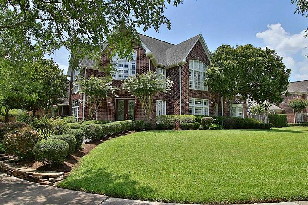 $869,000 - 5Br/5Ba -  for Sale in Sweetwater, Sugar Land
