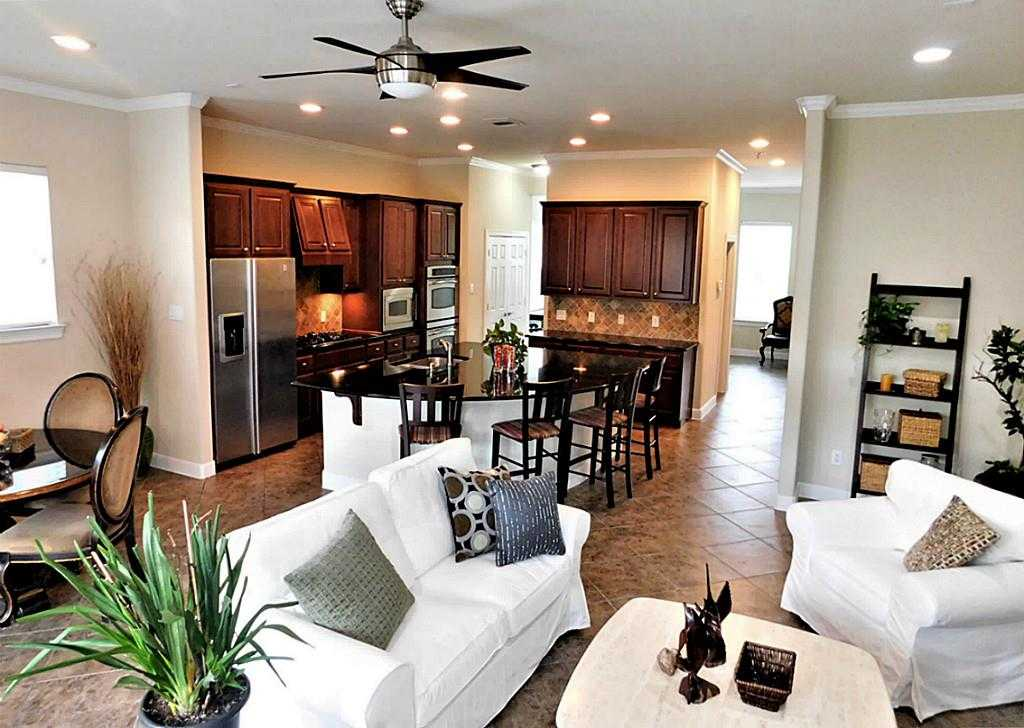 $460,000 - 3Br/4Ba -  for Sale in Wyngate Terrace At East Shor, The Woodlands