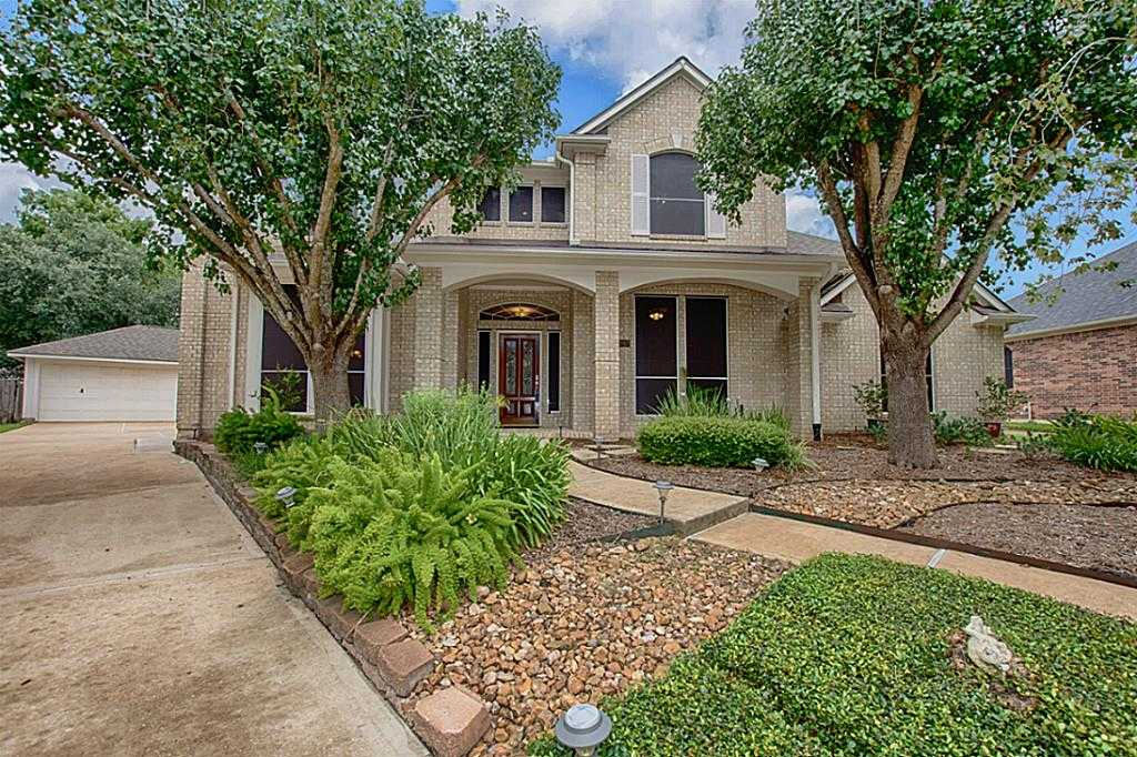 $479,900 - 6Br/4Ba -  for Sale in Pine Brook, Houston