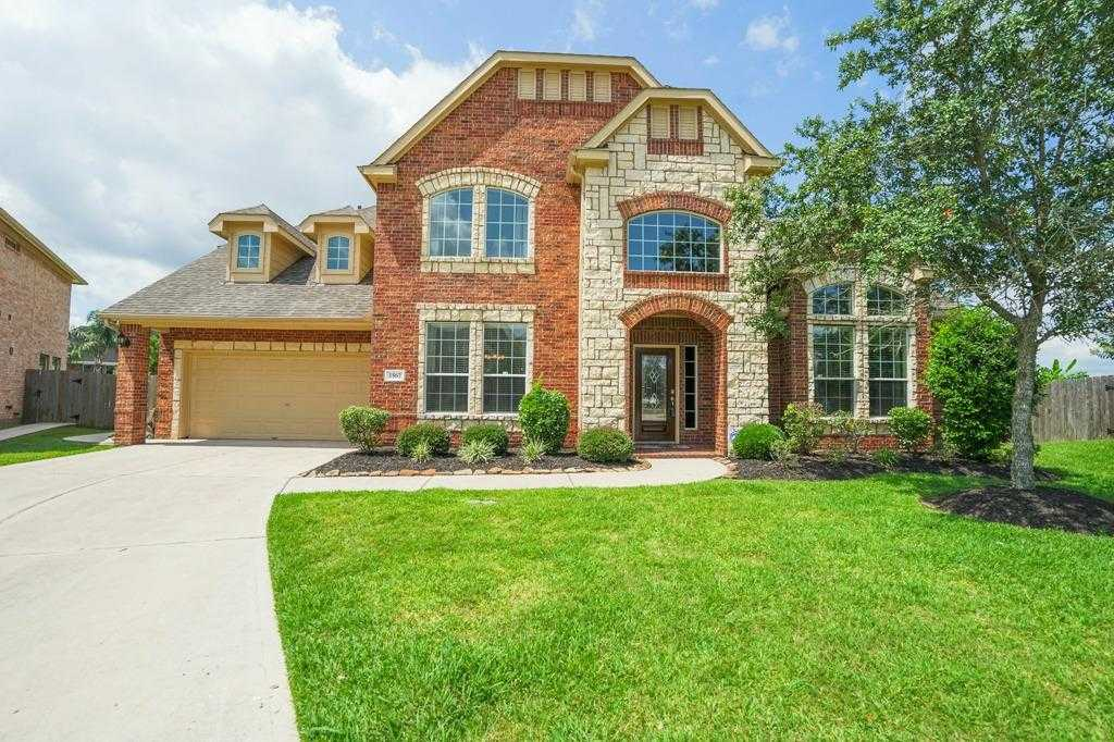 $465,000 - 5Br/4Ba -  for Sale in Victory Lakes Sec 5 2007, League City