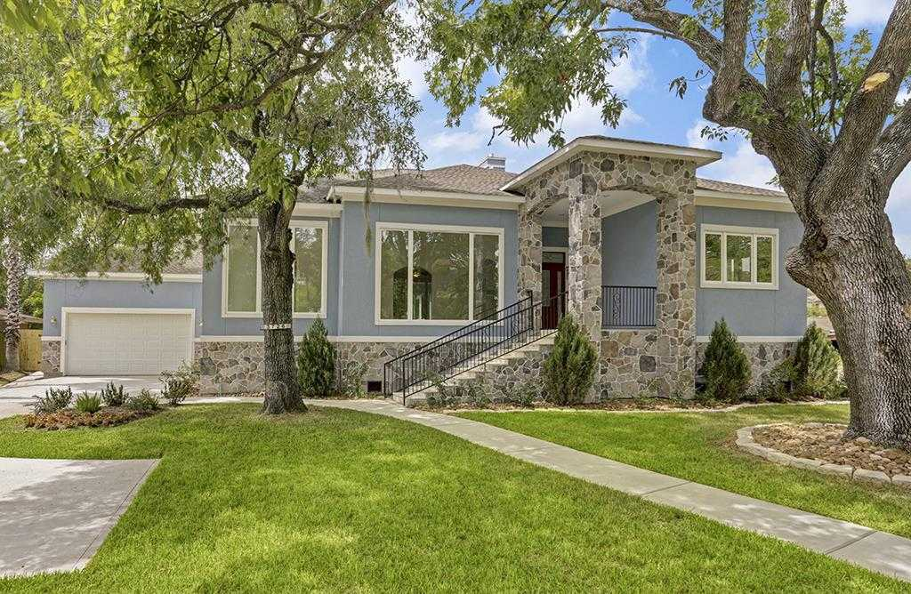 $1,350,000 - 4Br/3Ba -  for Sale in Braes Heights, Houston