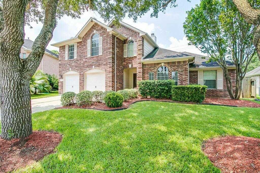 $249,500 - 4Br/3Ba -  for Sale in Brittany Lakes Sec 2 97, League City