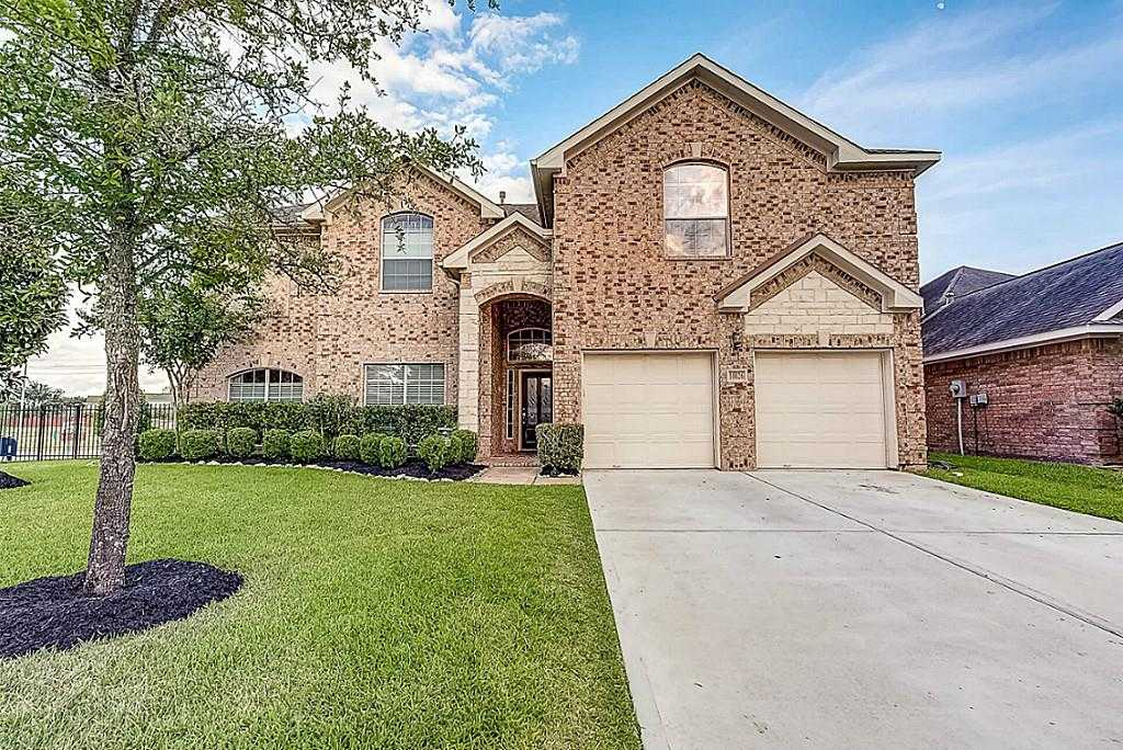 $379,900 - 5Br/4Ba -  for Sale in Stone Gate, Houston