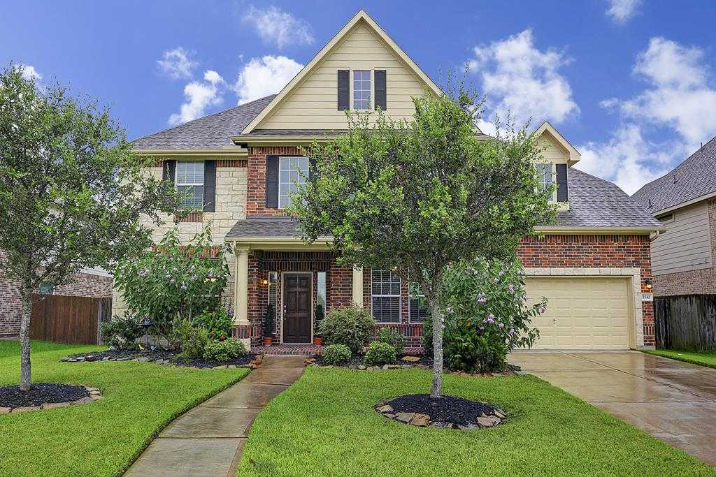 $395,000 - 5Br/4Ba -  for Sale in Victory Lakes, League City