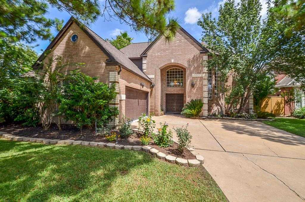 $325,000 - 3Br/3Ba -  for Sale in Hearthstone, Houston