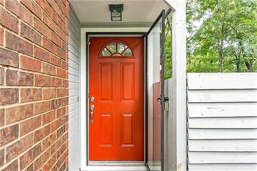 $189,500 - 3Br/2Ba -  for Sale in Panther Creek, The Woodlands